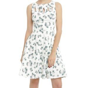 Hot Topic Cutout Swing Dress Skull Print SZ L NWT
